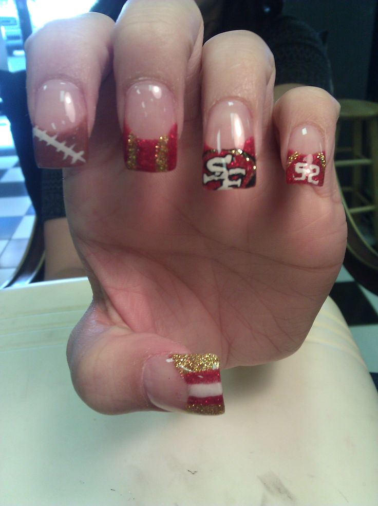 49er nail art designs - should have done this for this years super bowl 2013