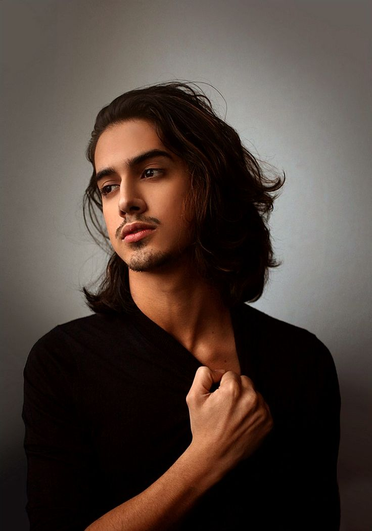 Desi Men : Photo Avan Jogia