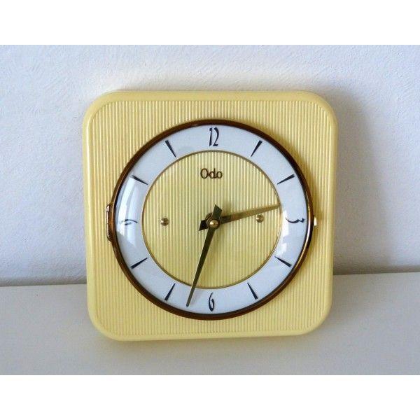 17 meilleures id es propos de horloge murale vintage sur pinterest horloge vintage. Black Bedroom Furniture Sets. Home Design Ideas