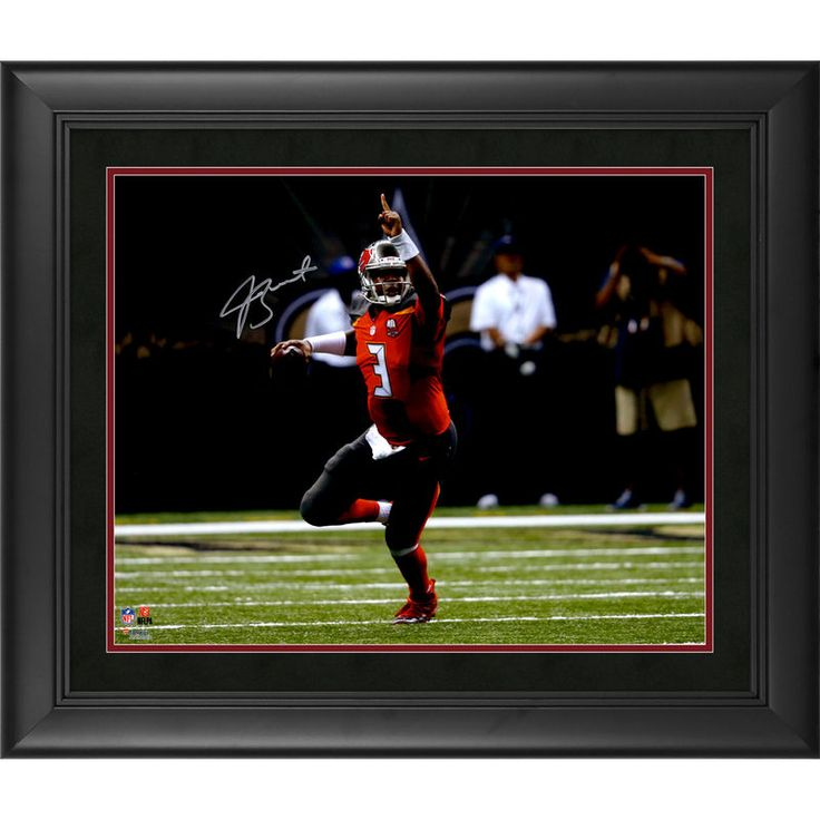 """Jamies Winston Tampa Bay Buccaneers Fanatics Authentic Framed Autographed 16"""" x 20"""" Pointing Photograph"""