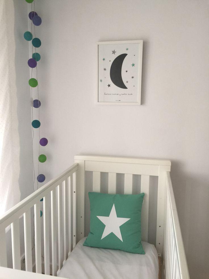 Guirnalda luces nordic deco Kids room Baby room Cuna Trama Cuadro luna  Duerme menos y sueña mas  Star cousin