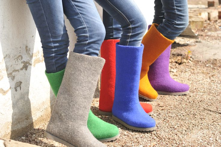 Felt boots. So hard to choose one... May I have all?