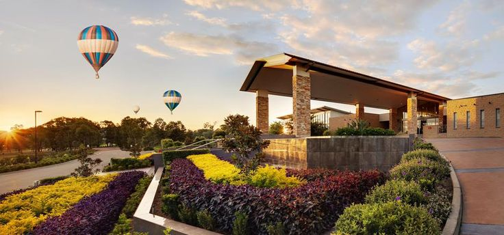 Weekend Destination - Hunter Valley. Call Oris (02) 8765 9782 to Book a Luxury Car transfer!   http://baysidelimousines.com.au/book-now/