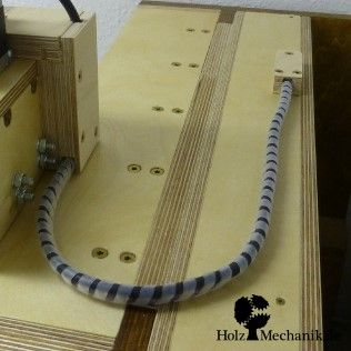 """Wooden CNC Router """"Solidis"""" from Christopher Blasius. Plans available at holzmechanik.de"""