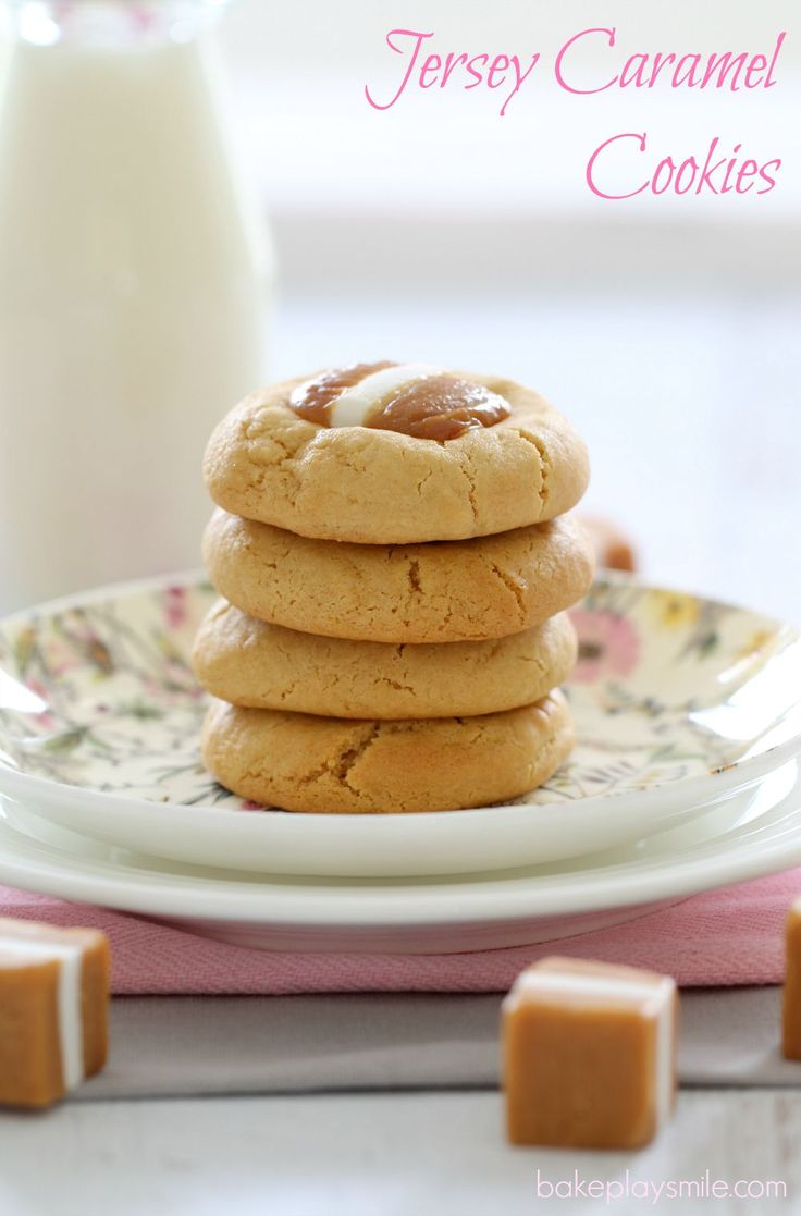 The BEST Thermomix Caramel Cookies with jersey caramels. OMG these are AMAZING!!!!! | Bake Play Smile #thermomix #caramel #cookies #easy #recipe #biscuits #jersey #caramels
