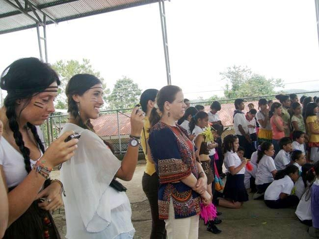 Phoebe's Volunteer Report from Costa Rica.  volunteer overseas, volunteer opportunities.