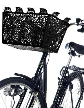 What a fantastic dark basket.  It never occurred to me, before now, that it's possible to make a bicycle Gothic. :)