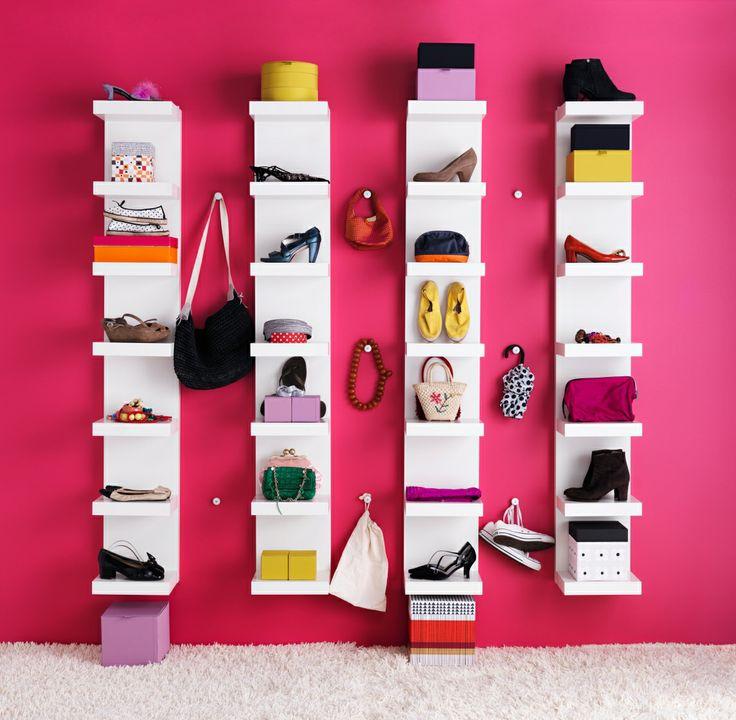 Het LACK wandrek is perfect om al je schoenen tentoon te stellen. #IKEA