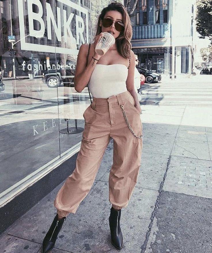 Follow @hebashaqueen for more amazing fashion.