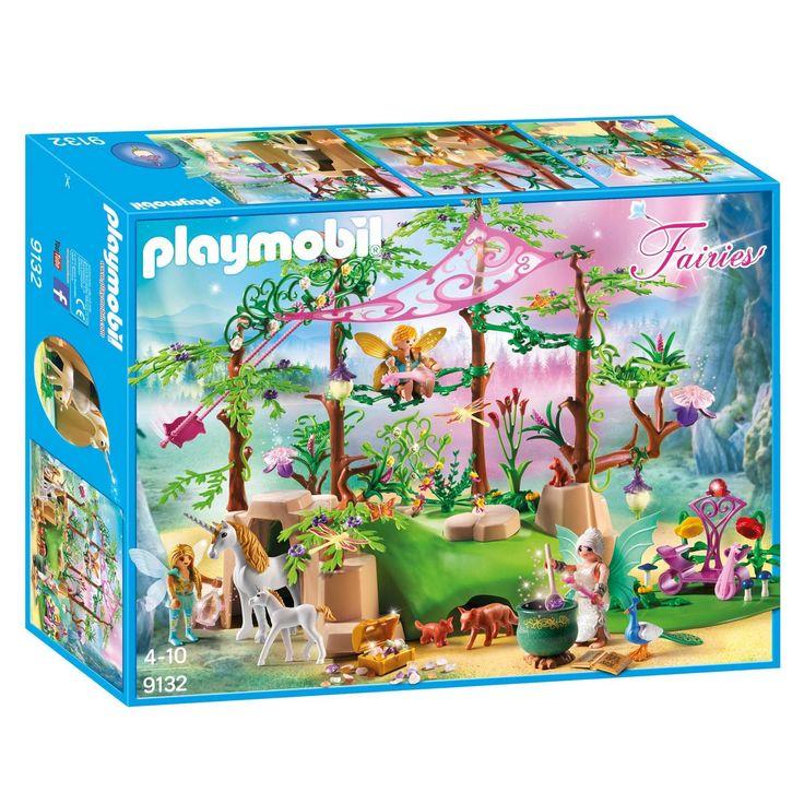 Beleef sprookjesachtige avonturen in de Playmobil magische feeëntuin. Bevestig de schommel tussen de bomen en laat de feeën zittend of staand schommelen. De feeënkoningin schittert op haar speciale pronktroon naast een kist vol bijzondere edelstenen. In de grote ketel maak je van alle speciale bloemen, bladeren en paddenstoelen een geneeskrachtig drankje. De magische bloemenlantaarns gloeien in het donker na. Inclusief moeder- en baby eenhoorn, speciale feeën en magische natuurelementen…