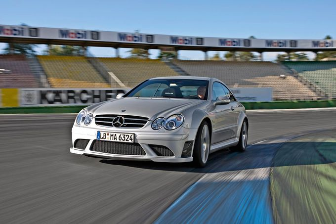 Mercedes CLK 63 AMG V8 481HP 630Nm