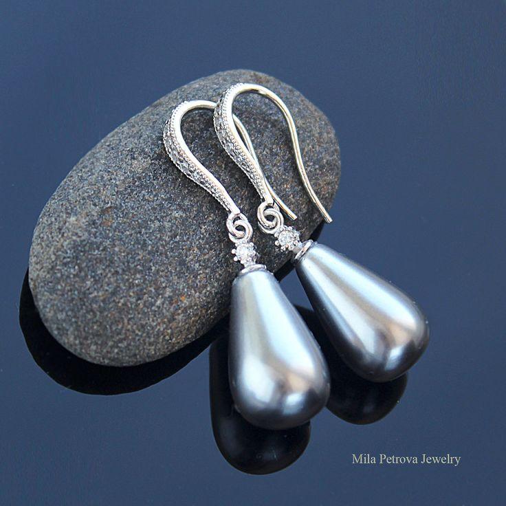 Купить серебряные серьги с чёрным жемчугом майорка в форме капли. #Серьги #Серьги_серебро #серебряныесерьги
