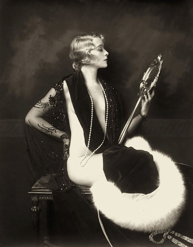 Ziegfeld Follies, 1920s. @Deidré Wallace