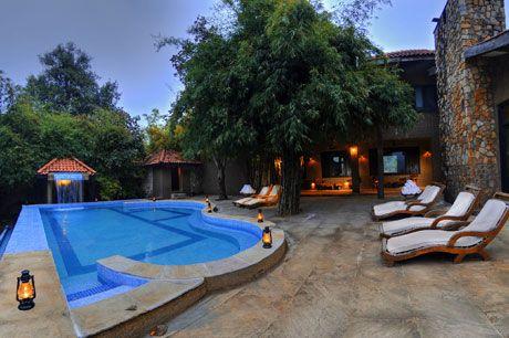 Swimming Pool at Kanha Earth Lodge