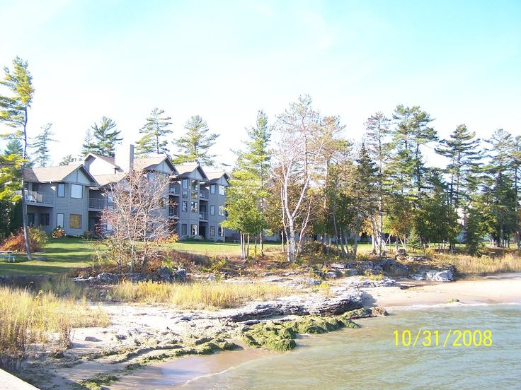 Glidden Lodge Beach Resort, Sturgeon Bay: See 147 traveler reviews, 103 candid photos, and great deals for Glidden Lodge Beach Resort, ranked #4 of 17 hotels in Sturgeon Bay and rated 5 of 5 at TripAdvisor.