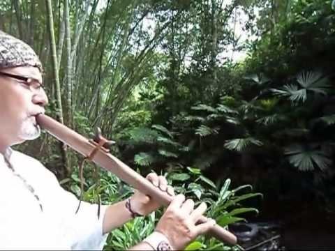"""RIOS DE ABUNDANCIA Elemento Agua """"He escuchado el canto lleno de sentimiento de millones de gotas que salpican las ancianas piedras bajo las cascadas. O la ondulante melodía del arroyo tranquilo que hace vibrar mi paz interior bajo el verde bosque de bambú. Cuantos hemos llorado al escuchar la música que producen las olas al ir y venir y llenar nuestro corazón de añoranza. La lluvia, la tormenta, hasta la neblina que me ha envuelto, cuando en el pasado visite los páramos, también en ella…"""