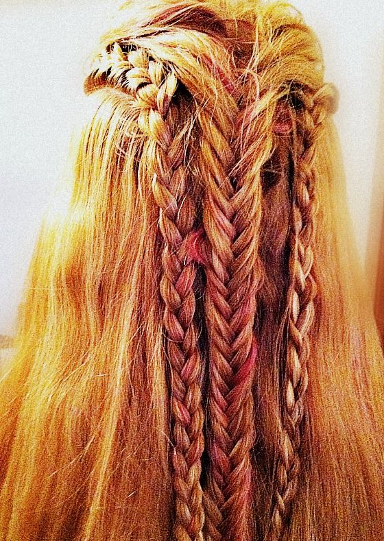 The 100 Octavia Blake Hairstyle