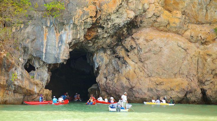 Hoy viajaremos al Parque nacional Ao Phang Nga concretamente a la #Isla de #JamesBond