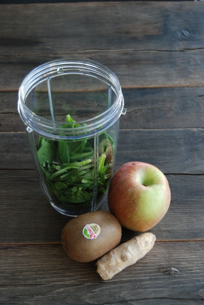 Recept groene smoothie spinazie, appel, kiwi en gember