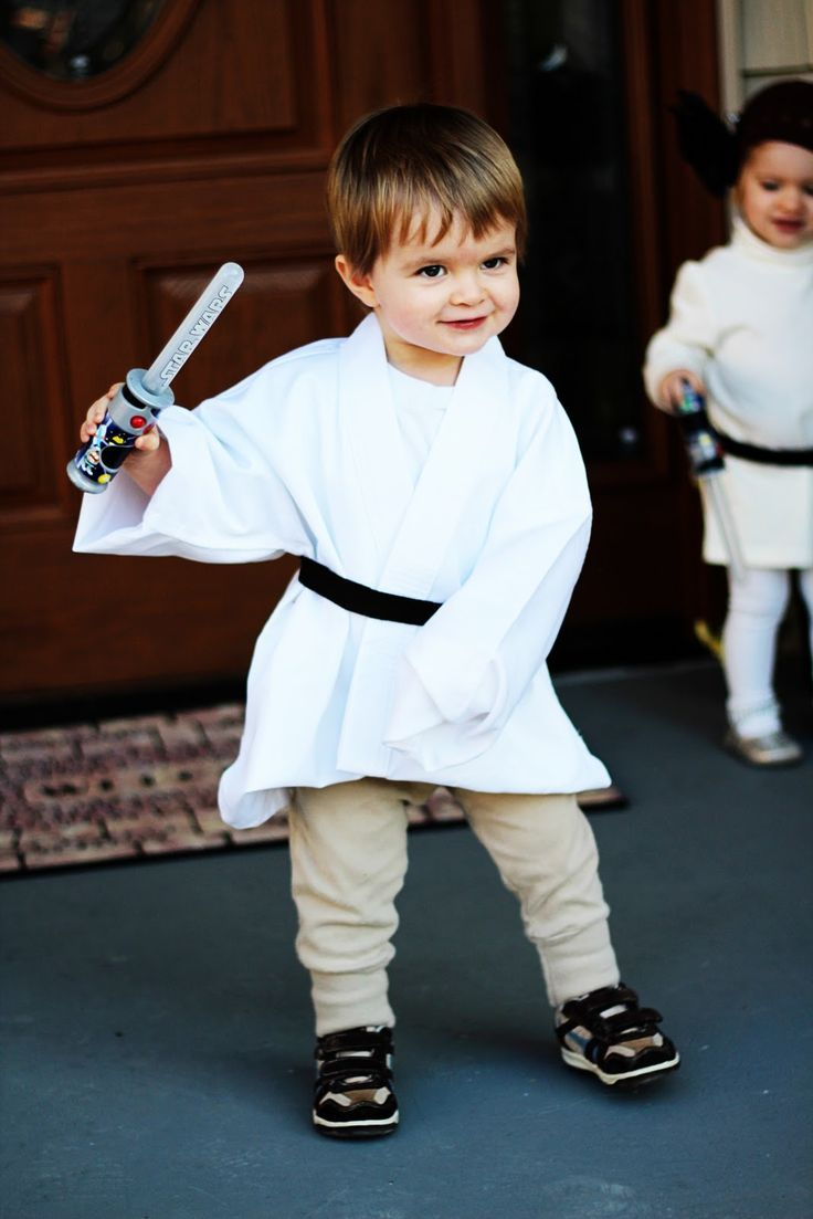 Professional Twin Mommy: Our DIY Princess Leia and Luke Skywalker Costumes. For Luke white t-shirt karate jacket (ours was purchased on Amazon) beige leggings, sweat pants, or khaki pants