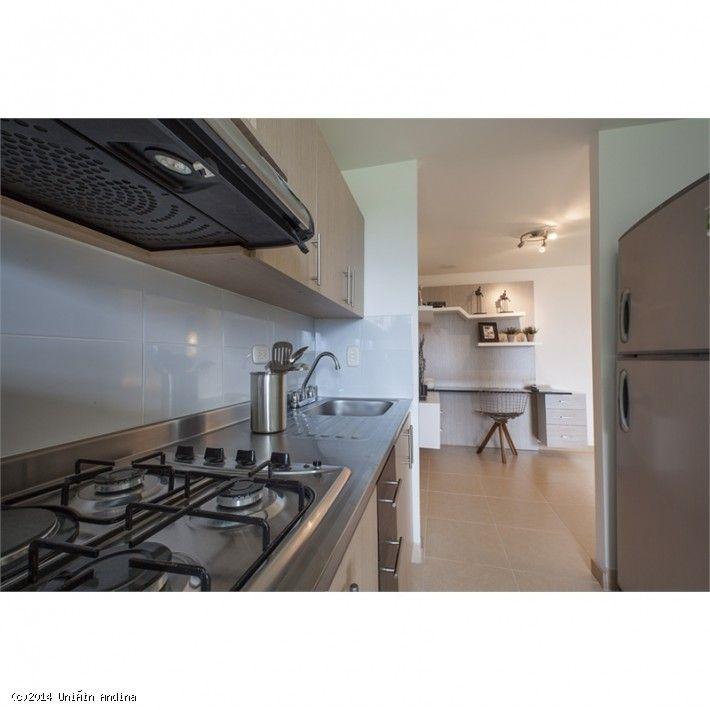 #unionandina #nuevos #apartamentos #colombia #entrehojas La nueva urbanización Entrehojas, en Itagüí, consta de 4 edificios con zonas verdes, piscina de adultos e infantil, gimnasio con sauna y baño turco. Los apartamentos cuentan con 3 dormitorios y 2 baños.