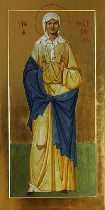 Saints are not painted as icons with their earthly afflictions. The whole point is to show a transfigured form. St Matrona Moskow, Kuvekino, 2012. wood, levkas, gold leaf, natural mineral pigments with egg, olifa http://ikona-skiniya.ru/, Anton Daineko.