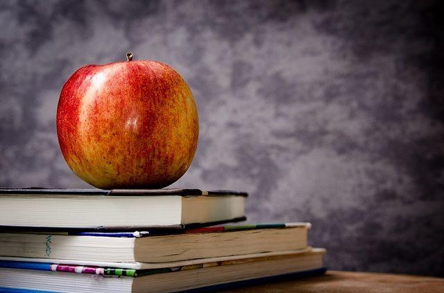 #Informe de la #Encuesta de #Investigación y #Transferencia de #Conocimiento 2014 de las #UniversidadesEspañolas