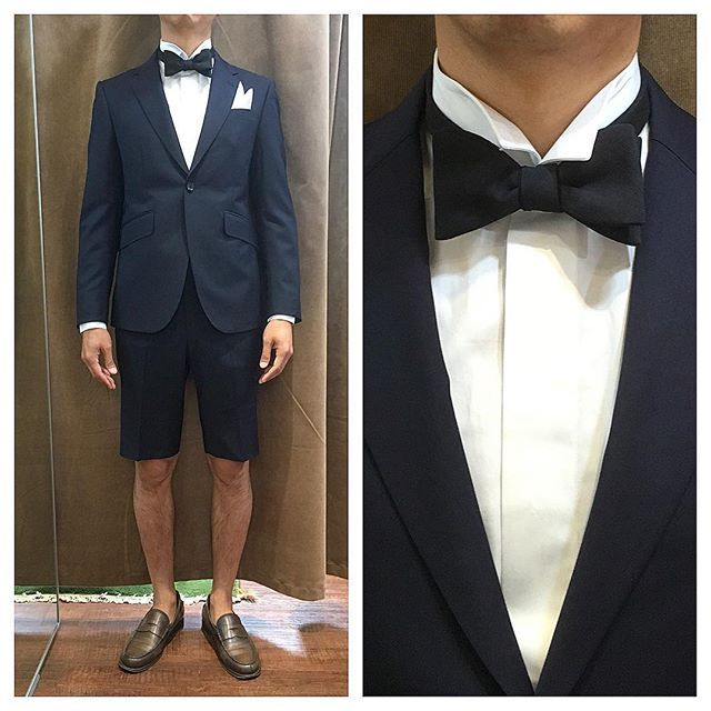 navy shorts.  大人のショートパンツスーツ。 ----------------------------------------- ※御来店の際は御予約をお願い致します。 ----------------------------------------- . . . オーダーメイド製品はlifestyleorderへ。 . . .  all made in JAPAN . . . womens...@lso_andc  #ライフスタイルオーダー#オーダースーツ目黒#結婚式#カジュアルウエディング#レストランウエディング#成人式#スーツ#結婚式準備#新郎衣装#新郎#プレ花嫁#メンズファッション#ファッション#ショートパンツ#ウィングカラーシャツ#蝶ネクタイ
