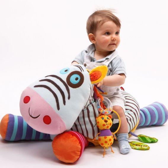 #Zebra z miłego weluru do przytulania i do skakania! Zebra posiada dodatki #edukacyjne: lusterko, grzechotka, piszczałka, papier szeleszczący. Idealna #zabawka #dla_dziecka od 6miesiąca życia . Zebra, Bawi