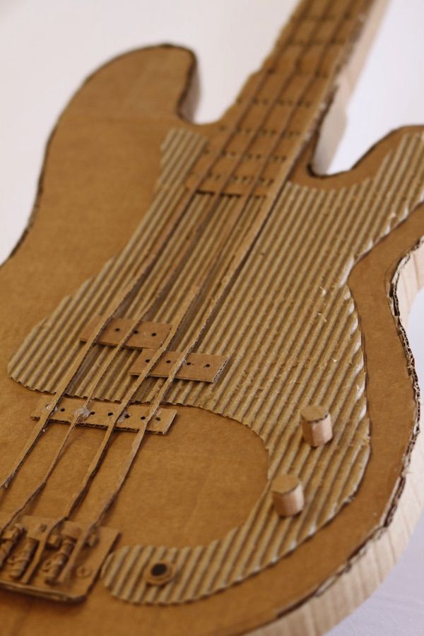 Resultado de imagen de guitarra electrica carton