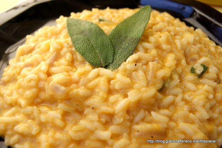 Ecco un risotto zucca e taleggio semplicissimo e cremoso al punto giusto.