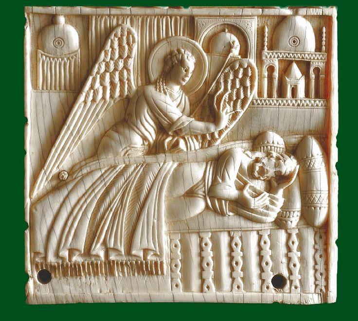 The angel appeared to Joseph in a dream - Salerno Museo diocesano  Salerno ivories - avori salernitani   #TuscanyAgriturismoGiratola