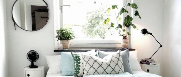[Inspiration Pinterest] Posséder une petite chambre peut poser des problèmes d'aménagement de toutes sortes. Emplacement du lit, espaces de rangements, couleurs de la pièce... Tous les moyens sont bons pour ne pas trop se sentir à l'étroit. Découvrez 8 petites chambres proposant des solutions d'aménagement au top.
