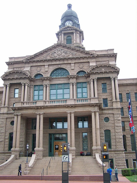 Tarrant County Courthouse - Fort Worth, Texas Have sat there many times to watch the Parades<3