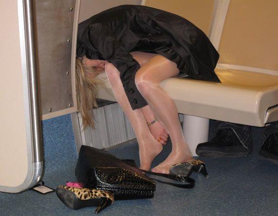 18 Crazy Drunk Girls Captured In Shocking Funny Moments