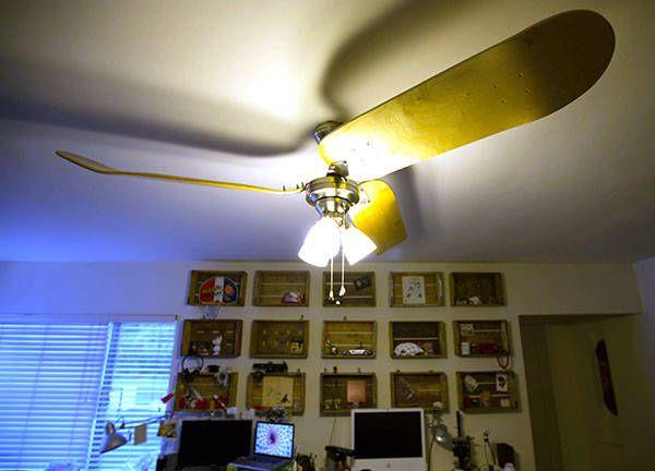 HOWTO use skateboards as ceiling-fan blades: Decks Ceilings, Skateboards Fans, Decorating Blogs, Fans Blade, Ceiling Fans, Skateboards Decks, Diy Projects, Decor Blog, Ceilings Fans