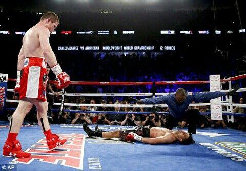 Saul Canelo Alvarez knocks out Amir Khan in the sixth round