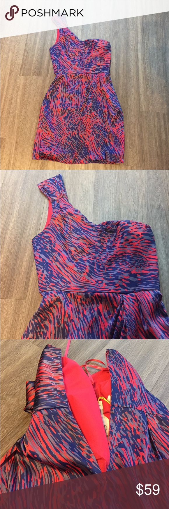NWT BCBGeneration Size 6 one shoulder dress Beautifully printed BCBGeneration Size 6 one shoulder dress. New with tags! Zips down side. Retails for $128. BCBGeneration Dresses One Shoulder