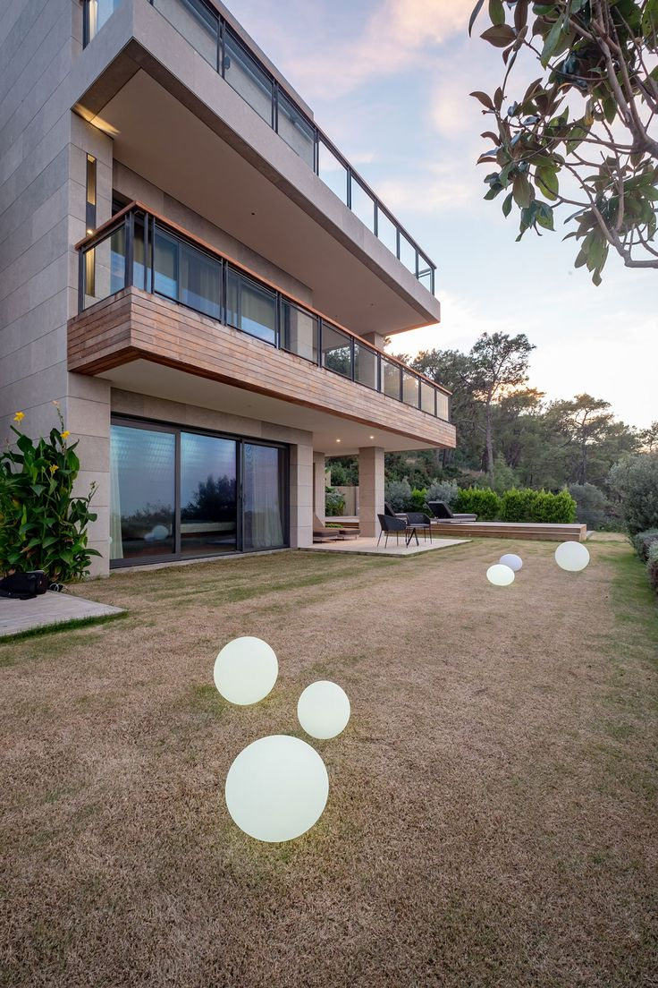 slasharchitects D House 06 #slasharchitects #interiordesign #furnituredesign #architecture #house  #garden