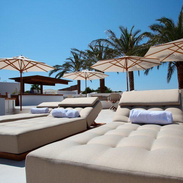 Pool side lifestyle in Ibiza - Destino Pacha Resort