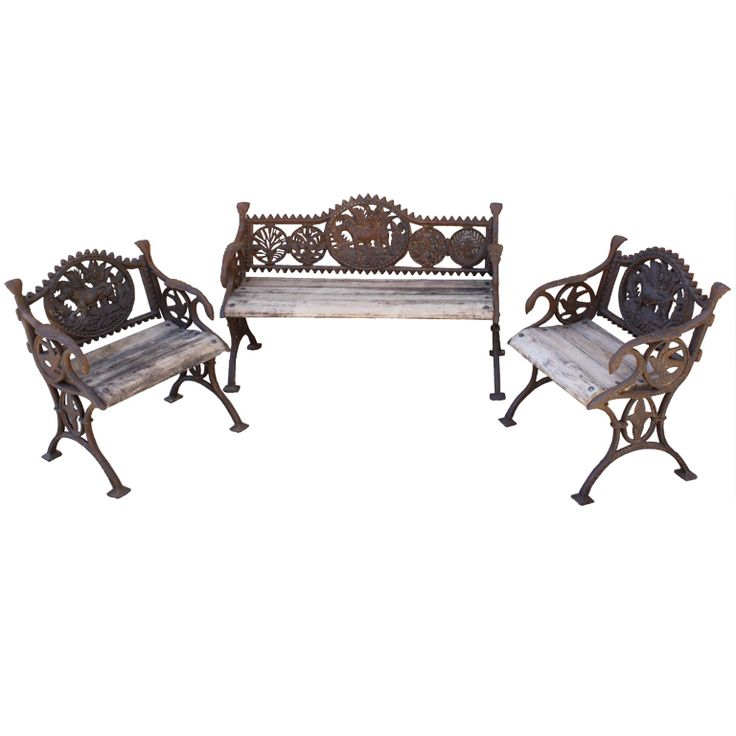 Set Of Wrought Iron U0026 Wood Garden Set With Dogs