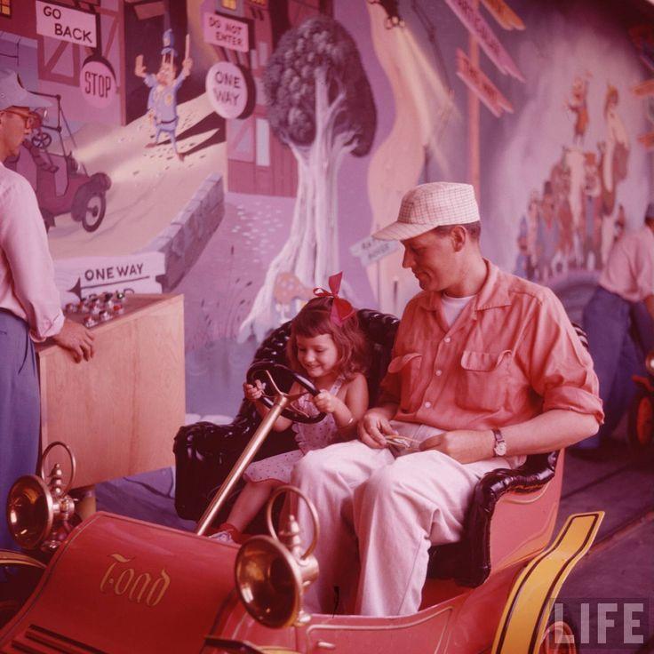Best Life Magazine Disneyland Images On Pinterest Vintage - 18 amazing rare colour photos disneyland 1955