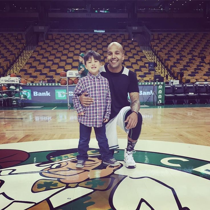 """I had a blast playing in the @Celtics media game today.  It was so much fun playing on the parquet especially because they were playing the #lakers after! Thanks to the awesome crew from the #Celtics for the invite! Best part was getting to bring this little guy along for this very cool experience.  He was very excited to meet some of the """"tall basketball players"""" and getting to see #kobebryant. #bostonceltics #lalakers #lakers @tdgarden"""
