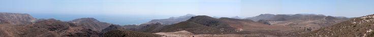 Fotografía panorámica desde la zona de Bornos en Fernán Pérez de Cabo de Gata. Se puede ver desde el valle de Rodalqular y las Negras hasta la Cala San Pedro.