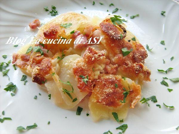 TORTINO AL FORNO DI CIPOLLE, PATATE, PANCETTA E BIRRA Ricetta torta salata