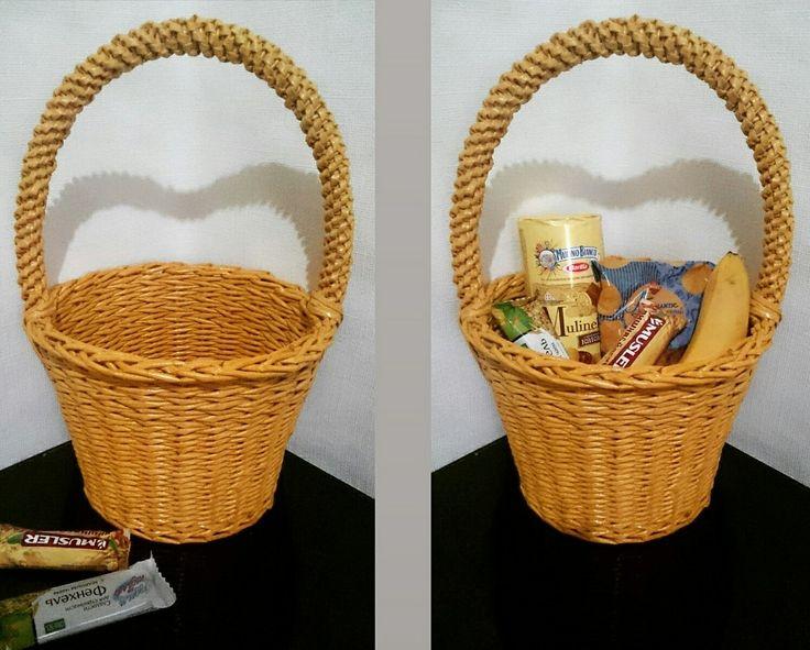 Плетеная корзинка ручной работы. Размер 20*25*17 см Звоните и заказывайте 8-90000-128-18.