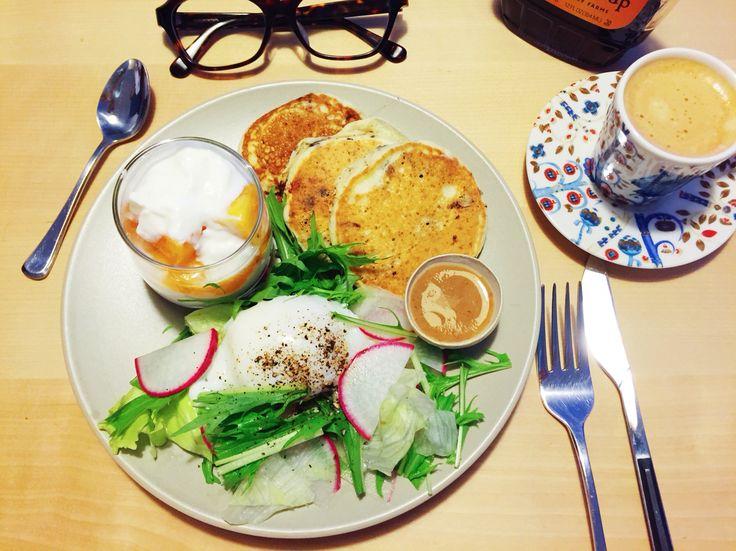 Mini chocolate pancakes and Japanese kaki yogurt parfait for breakfast. Original by heelsandmacarons