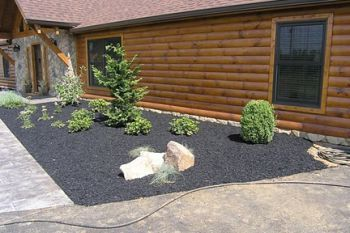 Know the pros and cons of rubber mulch