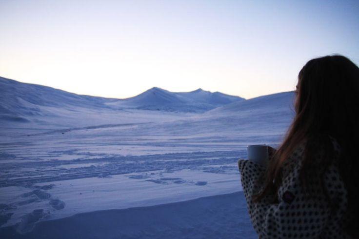 Svalbard er et unikt sted. En liten sivilisasjon i et ellers så ugjestmildt Arktis. Egentlig et veldig unaturlig sted for mennesker å bo.
