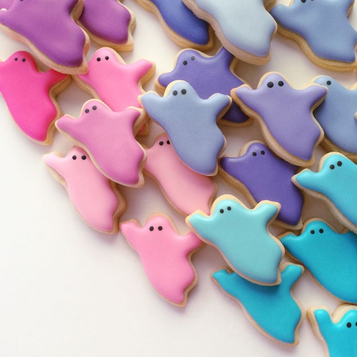 Ghost Cookies - Halloween Special! {free shipping!} by HollyFoxDesign on Etsy…